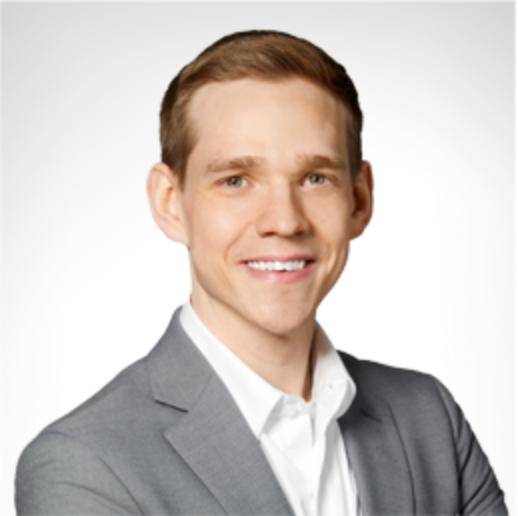 Chris Dionne, Senior Accountant
